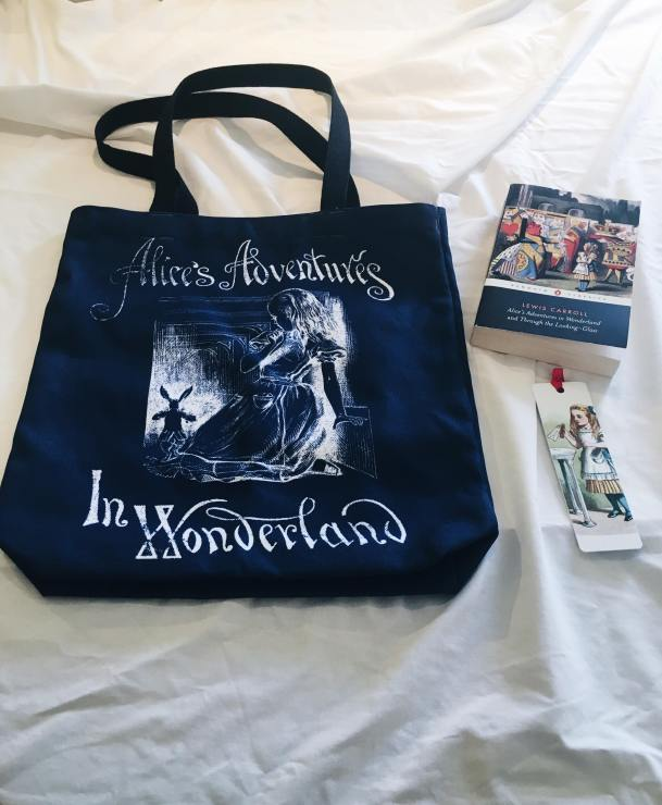 Alice in Wonderland tote 2.jpg